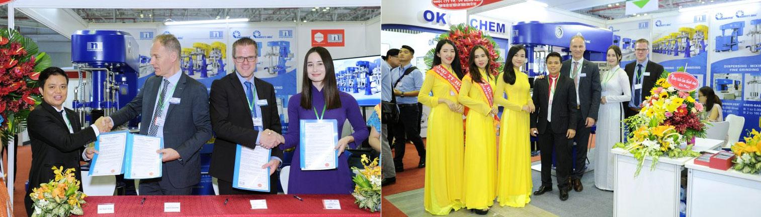 Lễ ký kết thỏa thuận phân phối tại thị trường Đông Nam Á diễn ra trong khuôn khổ Triễn lãm giữa Chủ tịch tập đoàn Ông Frank Niemann và Giám đốc công ty Yourtech ông Bùi Ngọc Hùng