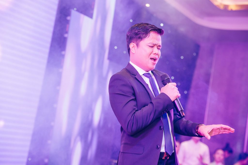 CEO Bùi Ngọc Hùng đại diện cho Ban đầu tư và phát triển dự án